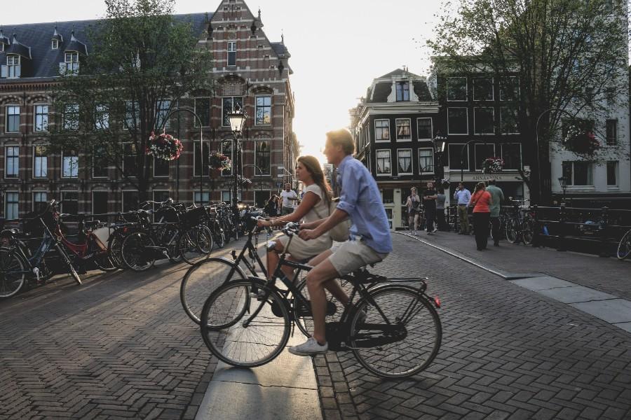 Fietsen door Amsterdam